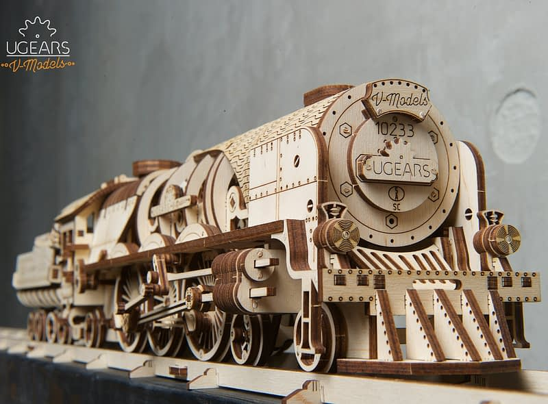 08. Ugears V Express Steam Train with Tender scaled