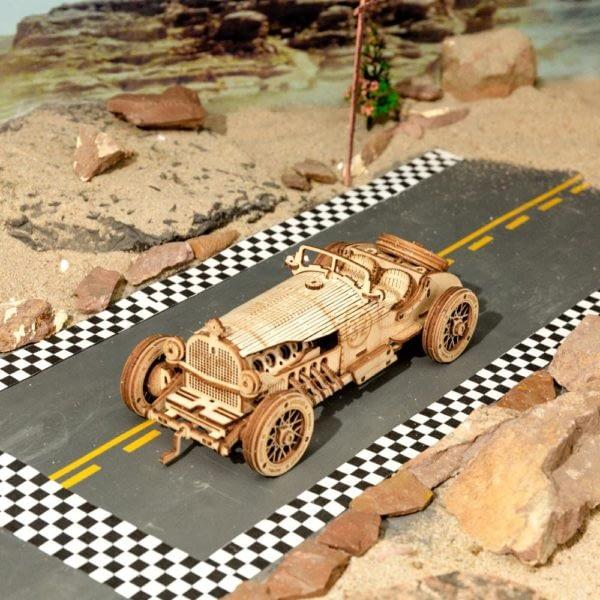 H61b73bac958f47ef89e96e5f61ab9300A 600x600Grand Prix Car DIY Scale Model Vehicle