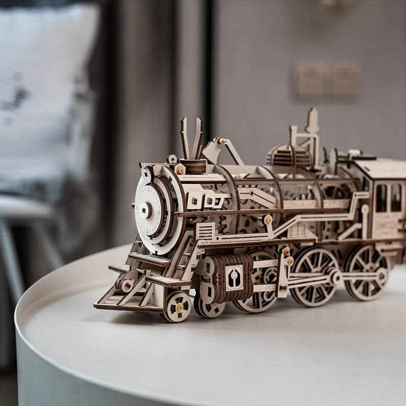 Robotime LK701 Locomotive